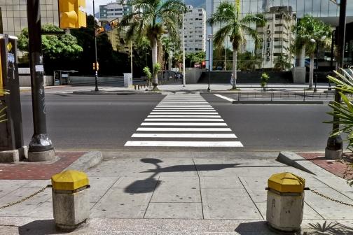 Paso Peatonal / Chacao / Caracas Venezuela