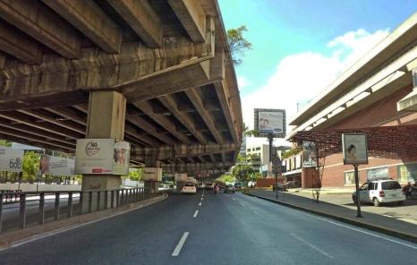 Viaducto / Las MErcedes / Caracas / Venezuela