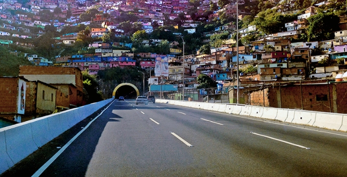 Tunel / Caracas / Venezuela