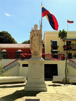 Venezuela / Plaza Bolívar de Ciudad Bolívar / Edo. Bolívar / Venezuela