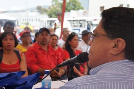 """Aranguibel en RNV: """"Si no fuera por los medios de comunicación, los pueblos ya habrían acabado con la dominación de la oligarquía"""" MP3"""