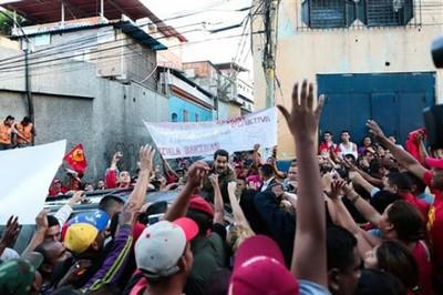 Maduro en el barrio