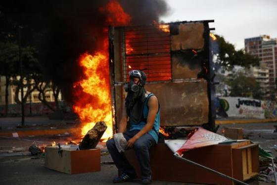 """Aranguibel en Unión Radio. """"Lo que hay en Venezuela no son protestas sino actos de terrorismo"""""""
