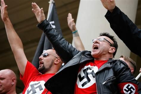 Así avanza la cultura del fascismo neo-nazi en el imperio